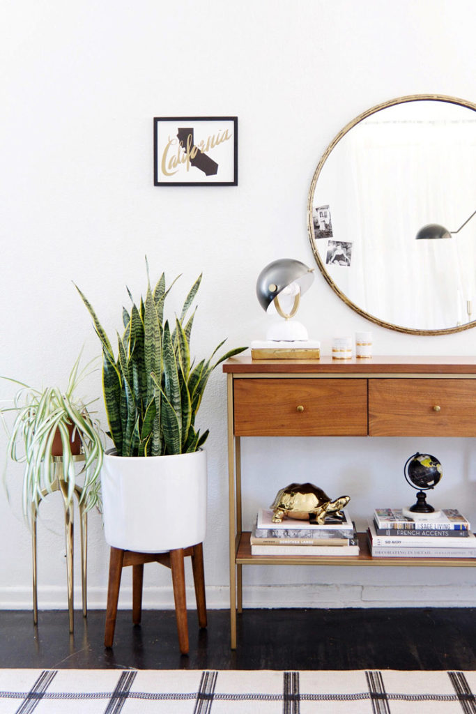 First impressions: How to Style an Entryway